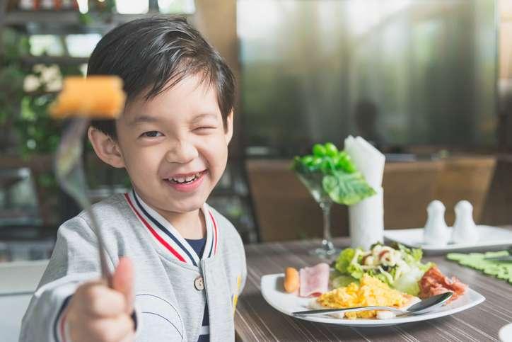 iStock 637196200 - Pregame Nutrition for Children